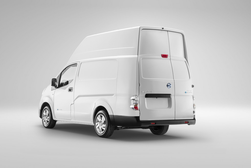 Nissan e NV200 XL Voltia Back View 45 Closed