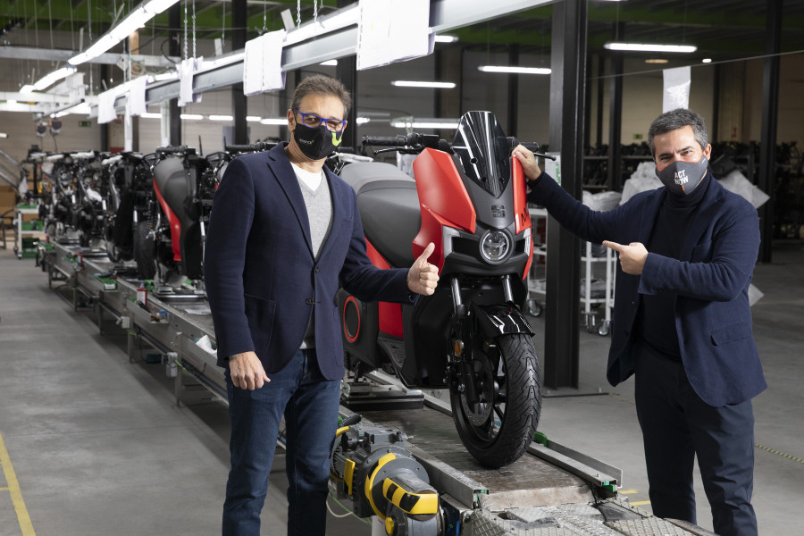 Production starts on SEATs first electric motorbike the SEAT MO eScooter 125 02 HQ