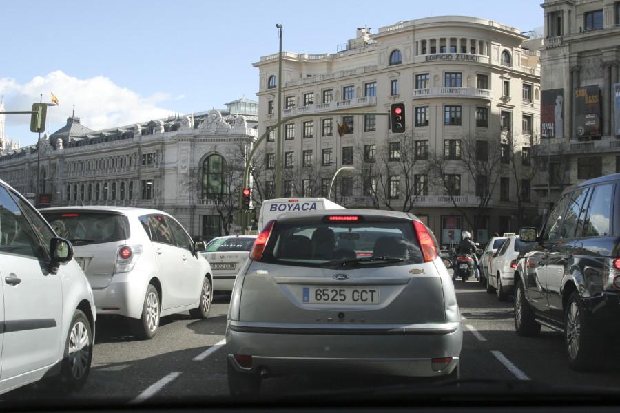 Resultado de imagen de España tiene 32 millones de vehículos en circulación